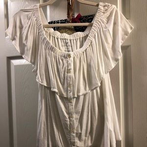 Off the shoulder strapless american Eagle top